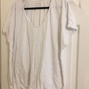 Lane Bryant 26/28 white banded bottom T-shirt plus